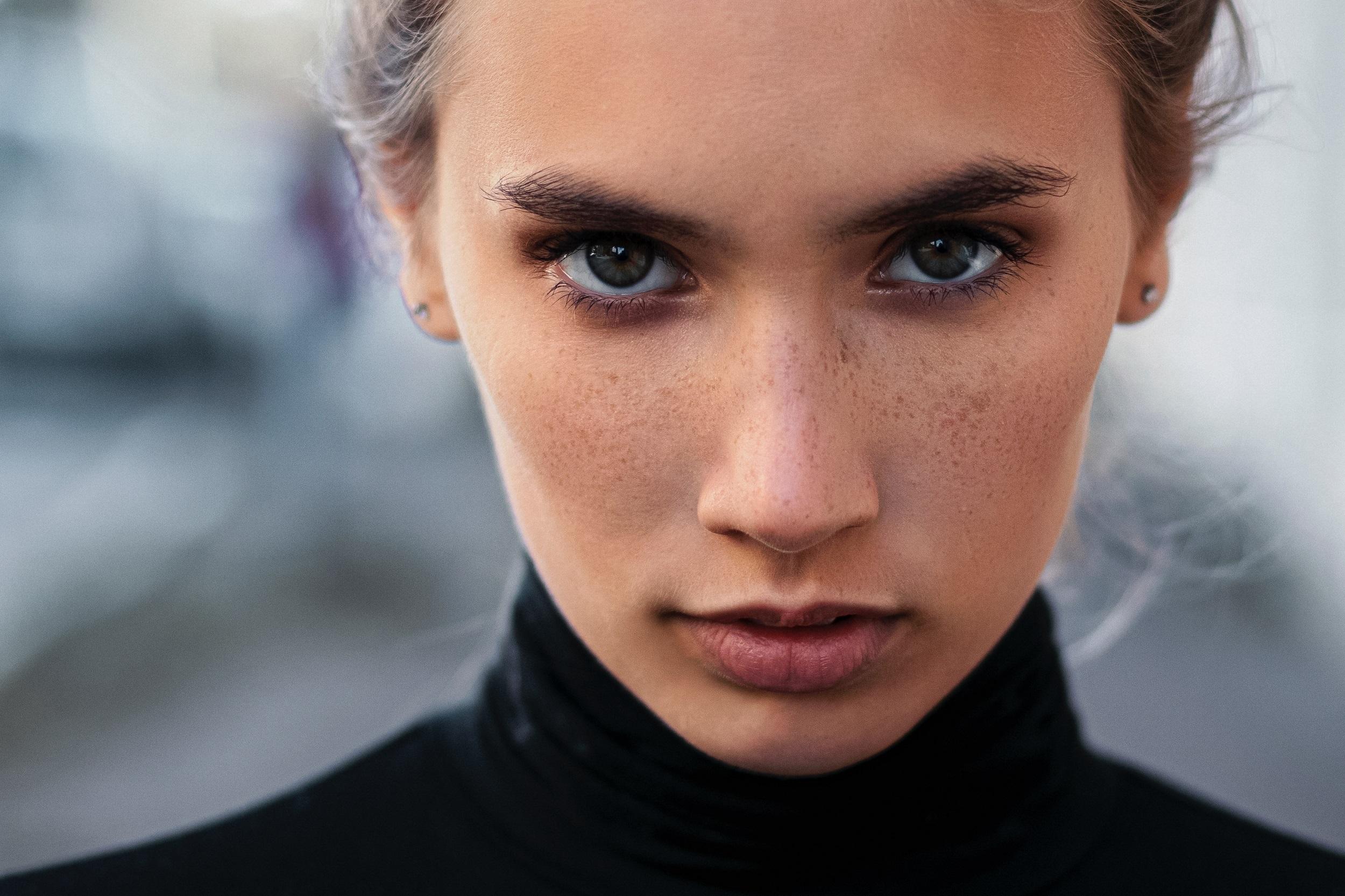 brosse-nettoyante-visage